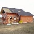 Pohľad na hrubú stavbu-realizácia strešnej krytiny